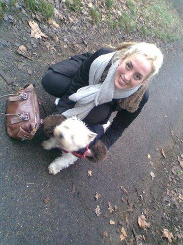 Lizzy et Patty( La chienne des pattinson)