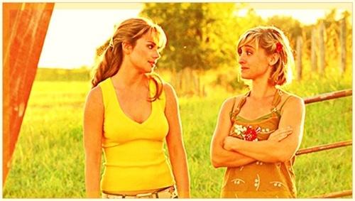Lois Lane & Chloe Sullivan