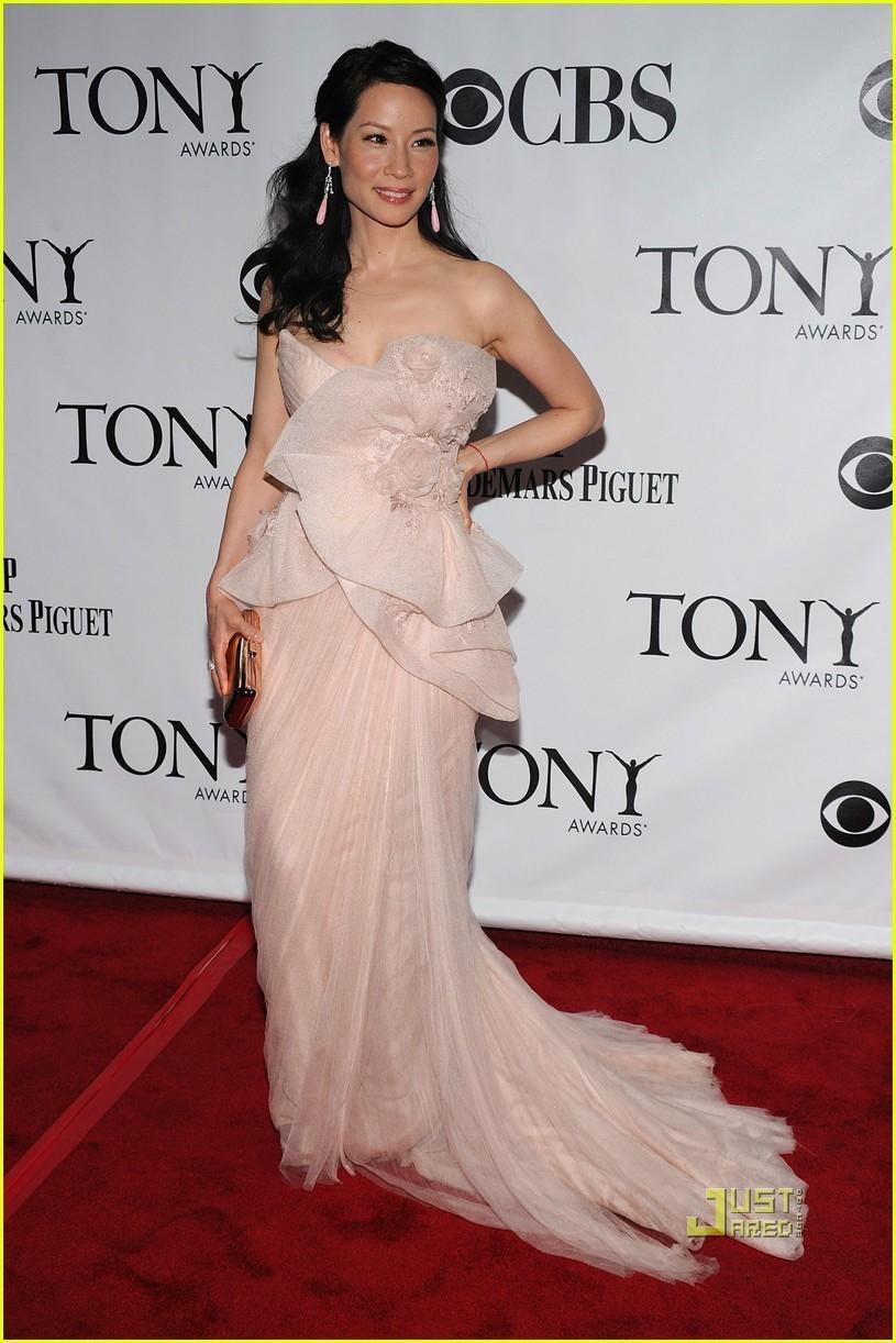 Lucy Liu - Tony Awards 2010