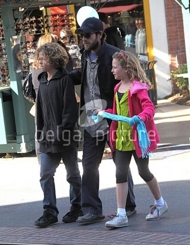 Luke with his kids Jack and Sophie