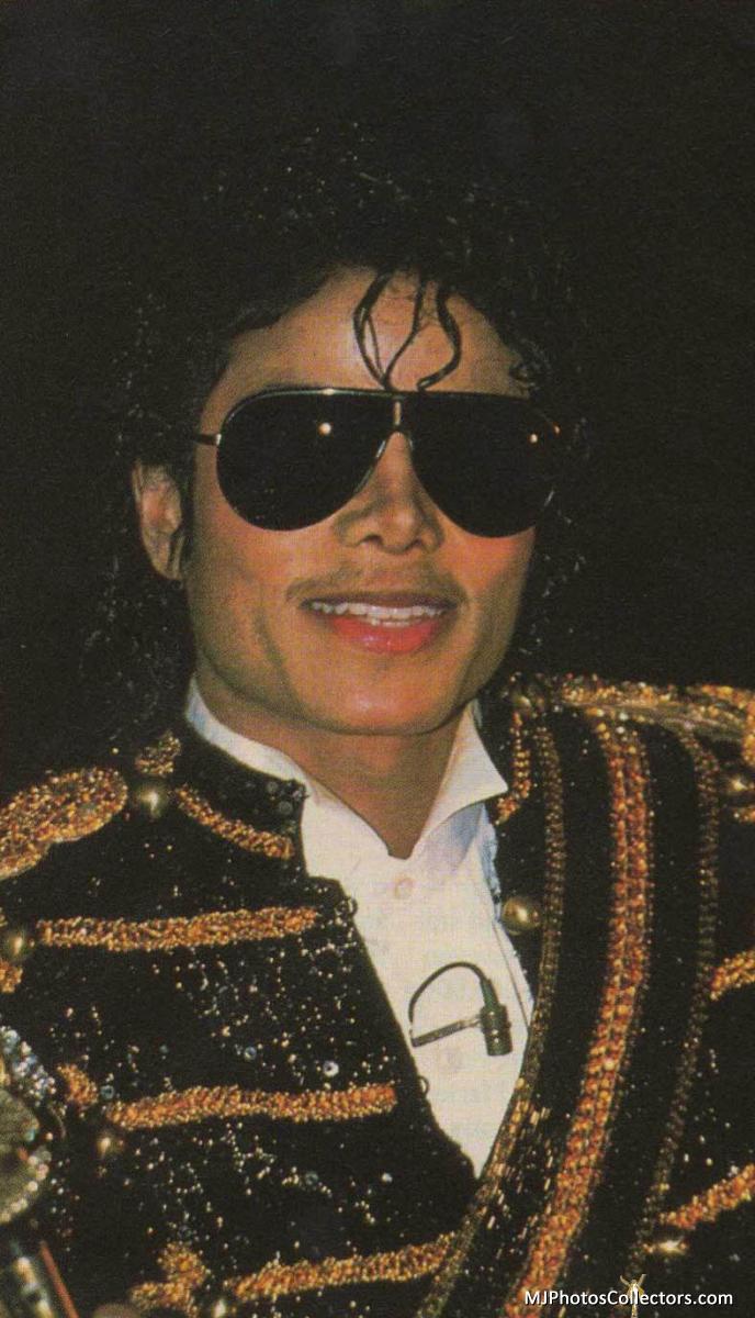 michael-jackson-history-era-smile