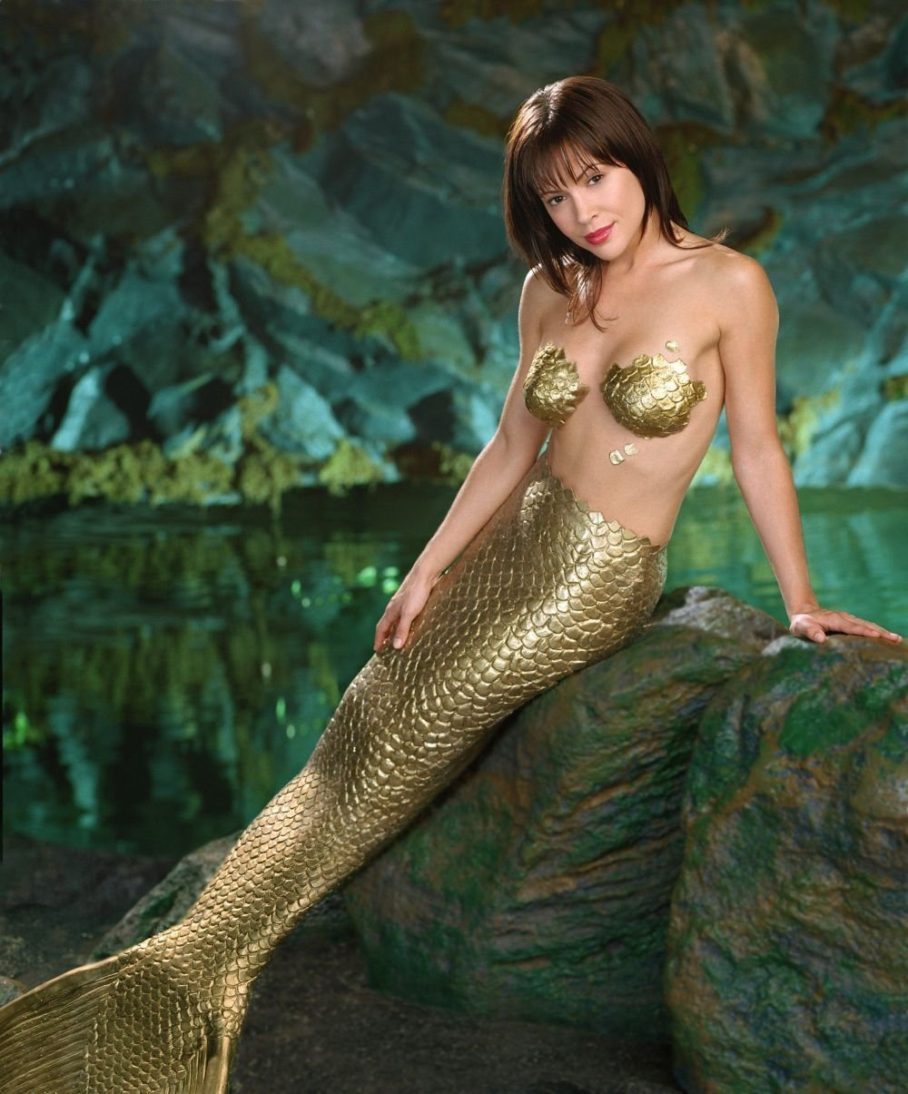Hot Mermaids Wallpapers