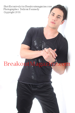 http://images2.fanpop.com/image/photos/12900000/Michael-Trevino-Photoshot-the-vampire-diaries-tv-show-12938331-300-450.jpg