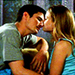 Naley Kisses - one-tree-hill icon