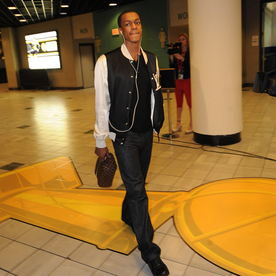 Rondo arrives for Game 5