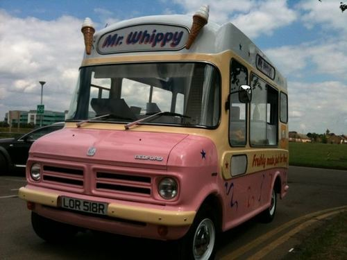 Rupert's Ice Cream van (12 June 2010 on HP set)