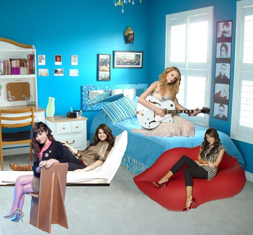 selena gomez room decor