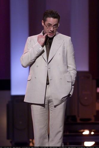 robert downey jr fondo de pantalla called TV Guide Awards - 24th February 2001