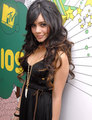 VANESSA HUDGENS - high-school-musical-2 photo
