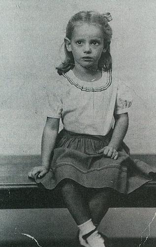 Young Sondra Locke