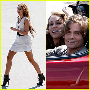Miley Cyrus  Movie on New Video Miley      Big Big Bang     Miley Cyrus Photo  12926200