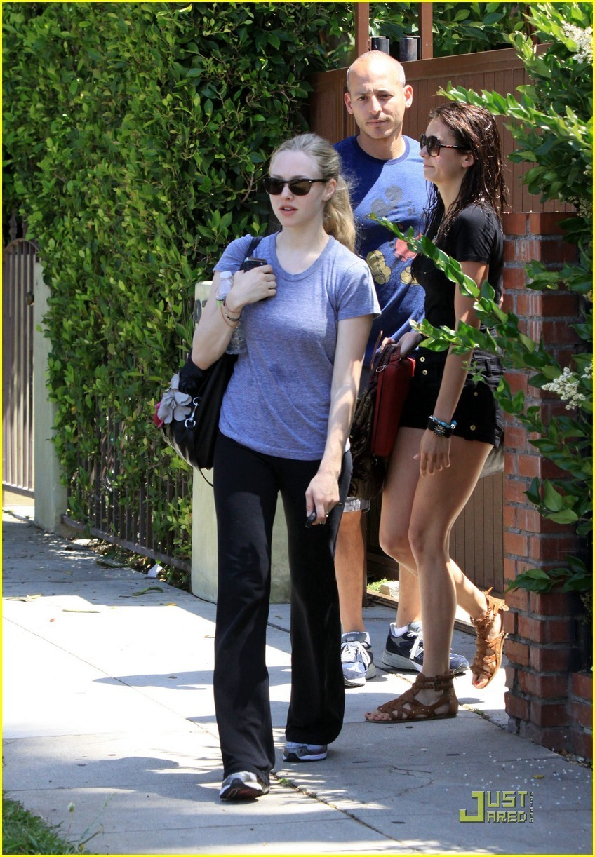 Amanda Seyfried and Nina Dobrev leaving a gym in LA 6/14/10 - the-vampire-diaries photo
