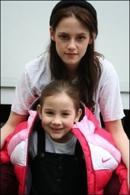Bella with Rennesmee