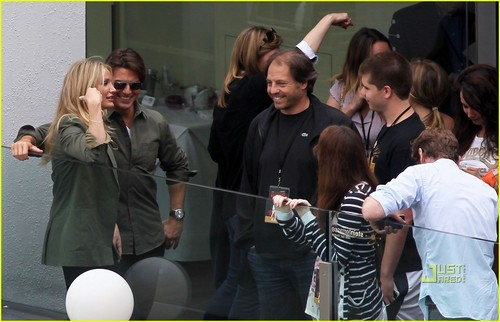 Cameron Diaz & Tom Cruise: Stunt Spectacular!