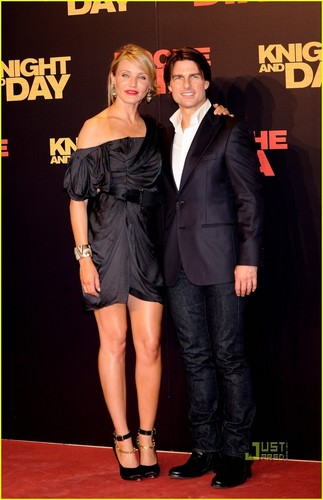 Cameron @ Knight & دن Premiere with Tom Cruise