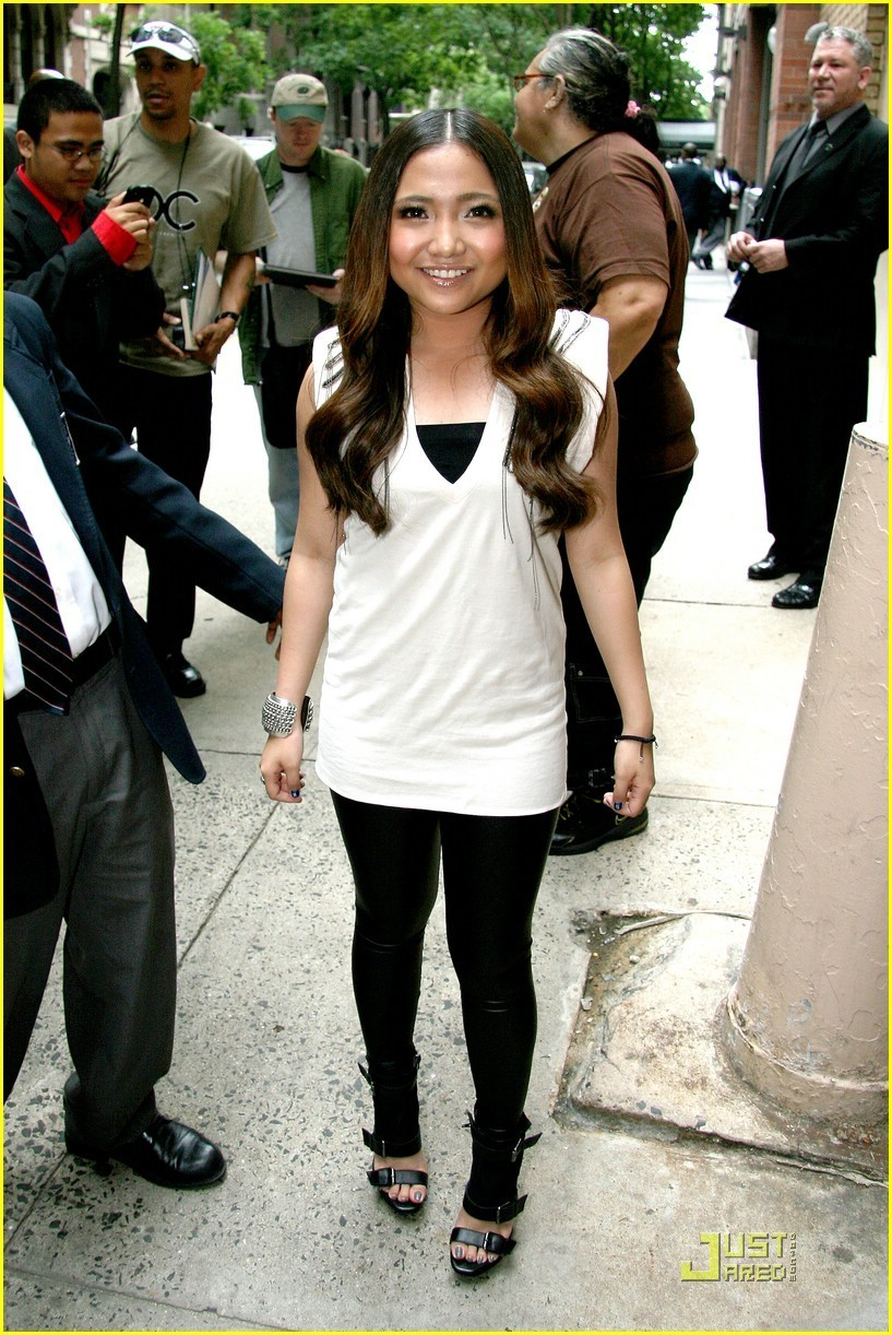 Charice: 'In This Song' on Regis & Kelly!