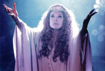 Diana Rigg kertas dinding entitled Evil Queen