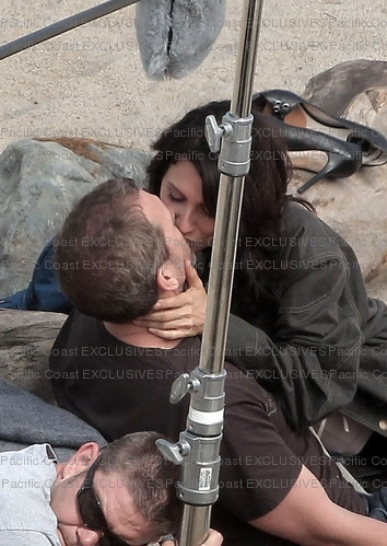 Hugh and Lisa During the shooting of season 7!!