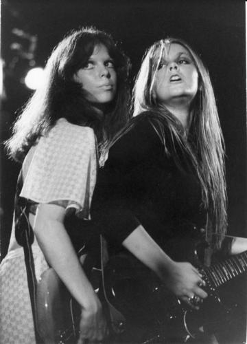 the runaways wallpaper titled Jackie and Lita