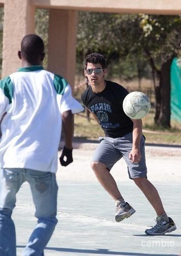 Joe in Africa 06/09