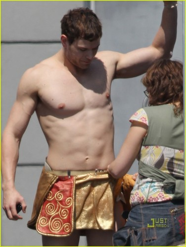 Kellan Lutz - Immortals (On Set)
