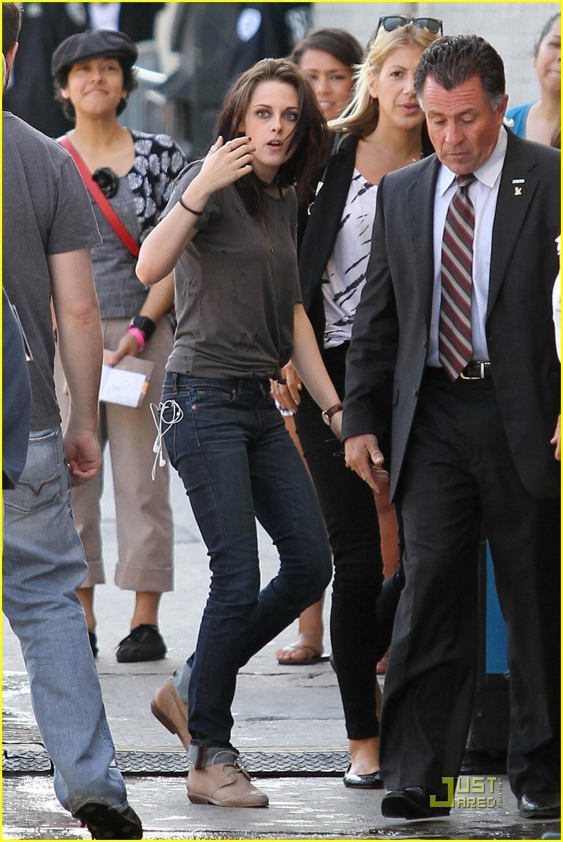 Kristen & Robert Arriving @ Jimmy Kimmel Taping
