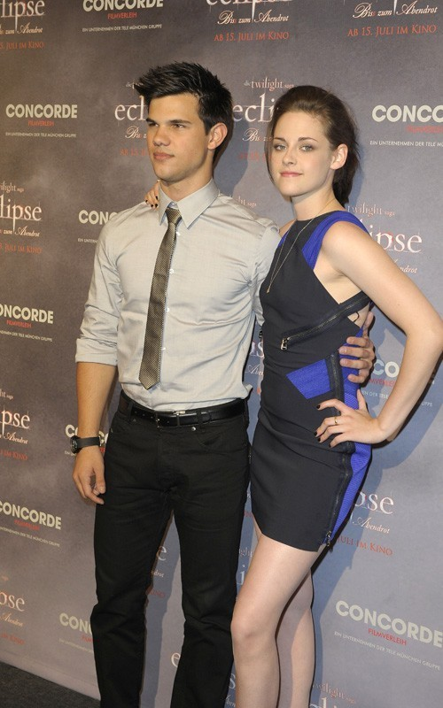 Kristen & Taylor @ Eclipse Photocall in Berlin