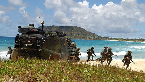 Marines Conducting Amphibious Training