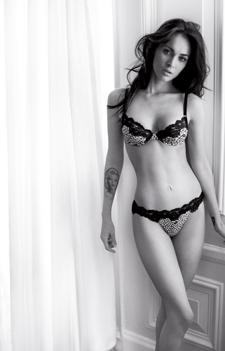 Megan Fox - Armani - megan-fox Photo