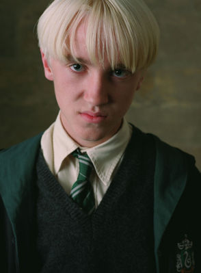 Tom Felton wallpaper entitled Film & TV > Harry Potter & the Prisoner of Azkaban (2004) > Photoshoot