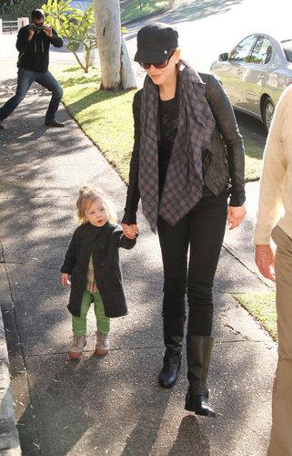 Nicole and Sunday visit Grandparents in Sydney