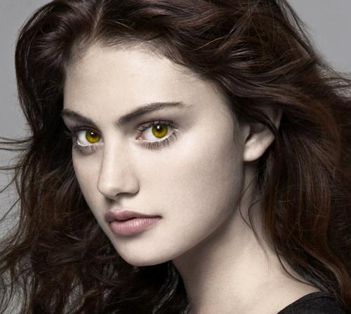 Phoebe Cullen