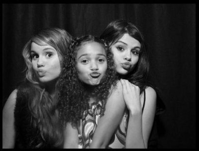 Selena Gomez,Madison Pettis and Debby Ryan