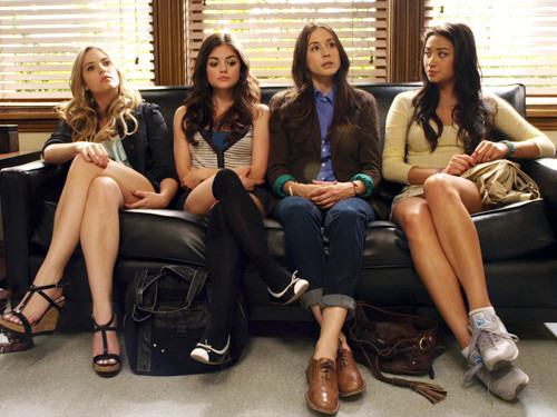 Pretty Little Liars TV Show images The Girls wallpaper and background photos
