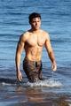 Zac Sexy Efron!!!!!!