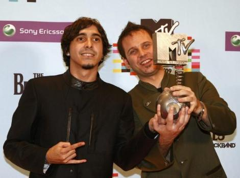 maNga-Turkey 2010 ESC 壁紙 entitled ferman gul (mtv)