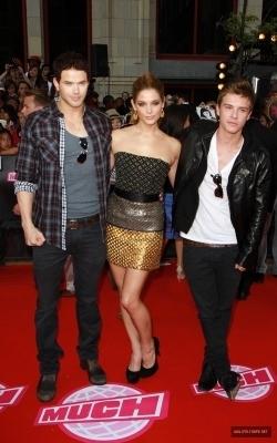 06.20.10: 2010 Much âm nhạc Video Awards- Arrivals