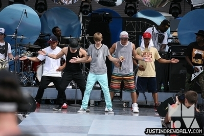 Appearances > 2010 > 21st Annual Much 音乐 Video Awards- Rehearsal; (June 20th)