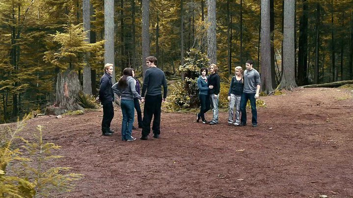 ECLIPSE NEW STILL THE CULLENS HQ