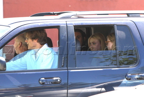 Elle with family in Studio City