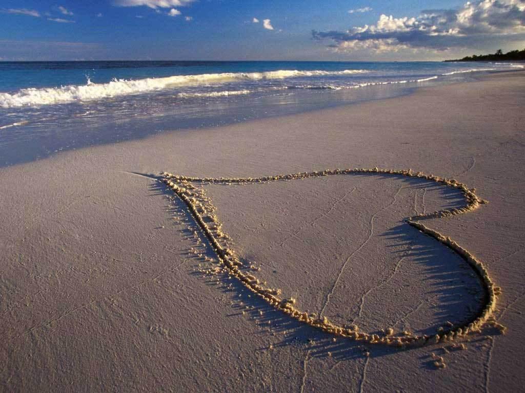 Heart In The Sand Speter Wallpaper (13177088) Fanpop