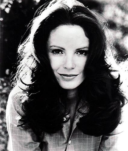 Charlie's Engel 1976 Hintergrund called Jaclyn Smith