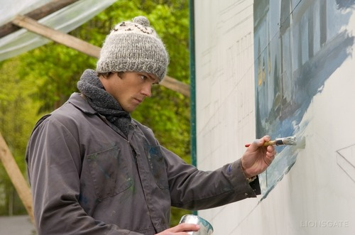 Thomas Kinkade's Christmas Cottage wallpaper called Jared as Young Thomas Kinkade