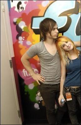 IsabellaMCullen پیپر وال titled Josh Farro & Hayley Williams