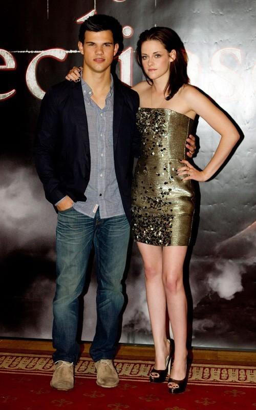 "Kristen Stewart and Taylor Lautner promoting ""Eclipse"" in Sweden (June 21)."