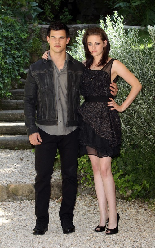 Kristen&Taylor @ Eclipse photocall - Rome - June 17, 2010