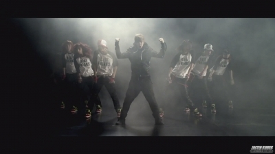 âm nhạc Video's > Other > Somebody To tình yêu