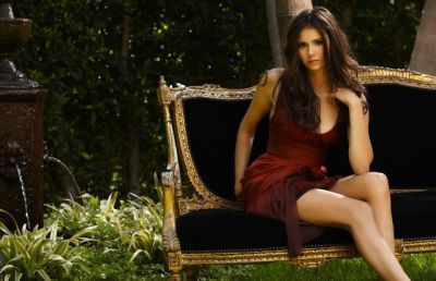 The Vampire Diaries wallpaper entitled Nina Dobrev Photoshoot