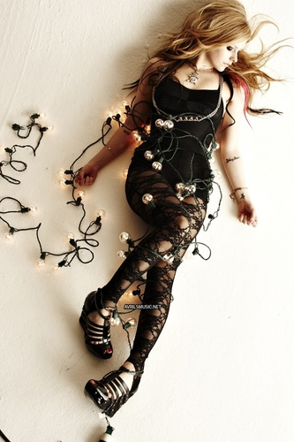 Outtakes of avril in Inked magazine