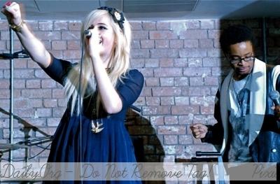 Pixie Lott Singing